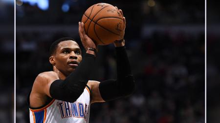 Rusell Westbrook, point guard milik Oklahoma City Thunder - INDOSPORT