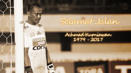 Kiper senior Achmad Kurniawan meninggal dunia pada hari Selasa (10/01/2016). - INDOSPORT