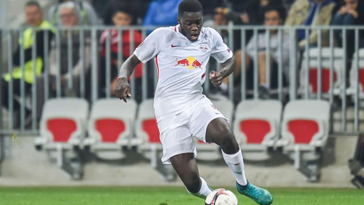 Dayot Upamecano saat mengontrol bola. Copyright: Alexandre Dimou/Icon Sport via Getty Images