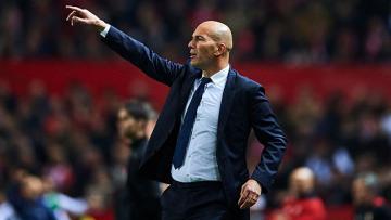 Zinedine Zidane sukses bersama Real Madrid sebagai pemain dan pelatih.