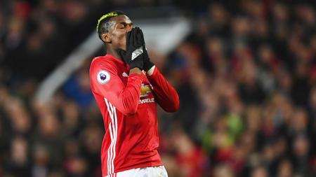 Paul Pogba pada laga melawan Liverpool. - INDOSPORT