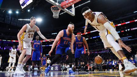 Situasi pertandingan Detroit Pistons melawan Los Angeles Lakers. - INDOSPORT