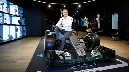 Pembalap anyar Mercedes, Valtteri Bottas diperkenalkan kepada media.