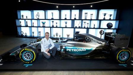 Mercedes AMG resmi mendaulat pembalap asal Finlandia, Valteri Bottas.
