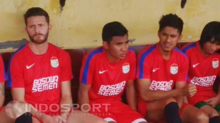 Skuat PSM Makassar di latihan perdana. - INDOSPORT