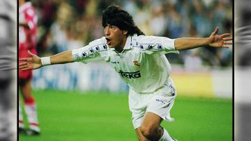 Ivan Zamorano saat masih membela Real Madrid.