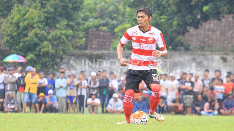 Andik Rendika Rama (Madura United) Copyright: Ian Setiawan/Indosport