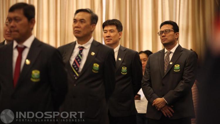 Legenda bulutangkis Indonesia, Alan Budikusuma (kedua dari kanan) juga masuk dalam pengurus PP PBSI periode 2016-2020.