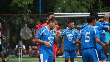 Wildansyah berlatih bersama Persib Bandung. - INDOSPORT