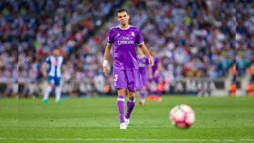 Pemain Belakang Real Madrid, Pepe dikabarkan akan ikut merapat ke China.