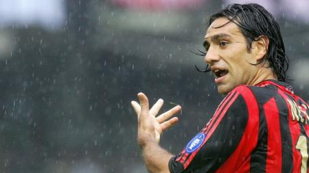 Alessandro Nesta saat masih berseragam AC Milan. - INDOSPORT