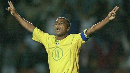 Romario saat masih berseragam Timnas Brasil. - INDOSPORT