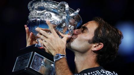 Roger Federer baru saja menjuarai Australia Terbuka 2017. - INDOSPORT