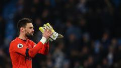 Indosport - Kiper utama sekaligus kapten Tottenham Hotspur, Hugo Lloris, terpaksa kembali ke London karena harus menjalani perawatan radang amandel.