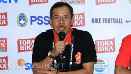 Pelatih PS TNI, Mustaqim. - INDOSPORT