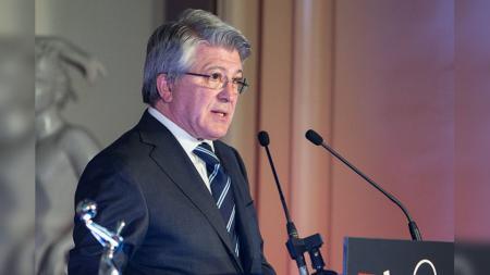 Presiden Atletico Madrid, Enrique Cerezo, memprotes keputusan agen dari Edinson Cavani sampai klub Liga Spanyol tersebut gagal mendapatkannya di Januari 2020. - INDOSPORT