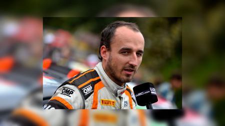 Robert Kubica saat hari pertama WRC di Prancis. - INDOSPORT