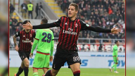Mario Pasalic, gelandang serang AC Milan yang dipinjam dari Chelsea. - INDOSPORT