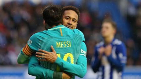Lionel Messi dan Neymar menjadi aktor keunggulan Barcelona saat melawan Alaves. - INDOSPORT