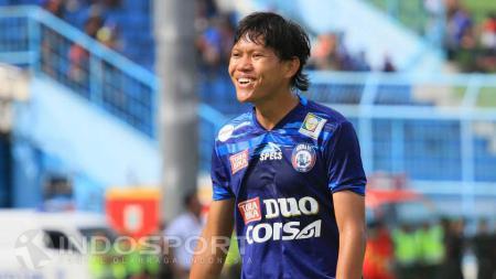 Pemain Arema FC, Adam Alis Setyano. - INDOSPORT