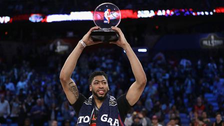 Pemain New Orleans Hornets, Anthony Davis yang memperkuat tim Timur dinobatkan sebagai MVP NBA All Star 2017.