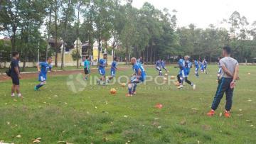 Persib Bandung saat menggelar sesi latihan.