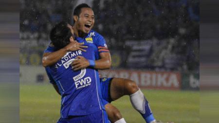 Menimbang untung-rugi Kalteng Putra datangkan Atep Rizal di Liga 2 2020: kaya pengalaman, namun sudah tak produktif mencetak gol. - INDOSPORT
