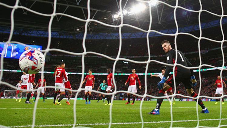 Gawang David de Gea harus kebobolan lewat gol Manolo Gabbiadini.