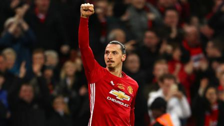 Selebrasi Zlatan Ibrahimovic usai mencetak gol pembuka kemenangan bagi Man United.