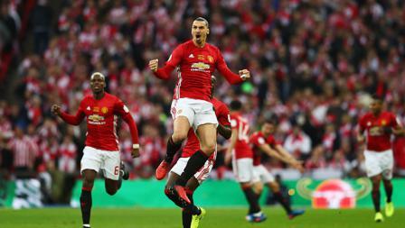 Selebrasi Zlatan Ibrahimovic usai pertegas kemenangan Man United atas Southampton.