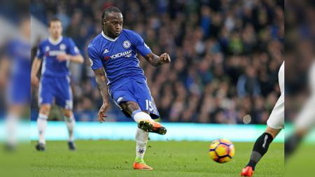 Chelsea kabarnya sudah setuju melepas Victor Moses ke Inter Milan. - INDOSPORT