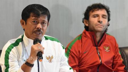 Indra Sjafri dan Luis Milla saat diresmikan sebagai pelatih anyar Timnas Indonesia. - INDOSPORT