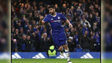 Penyerang Chelsea, Diego Costa sedang melakukan selebrasi.