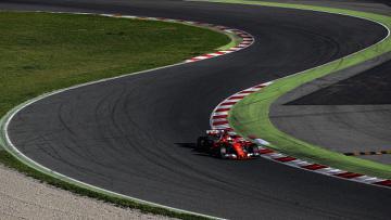 Sebastian Vettel menjalani tes di Circuit de Catalunya.