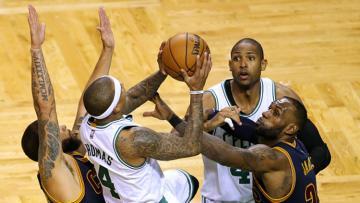 Situasi pertandingan Cleveland Cavaliers vs Boston Celtics.
