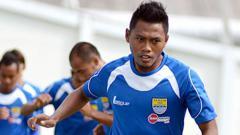 Indosport - Bek sayap Persib Bandung, Tony Sucipto.