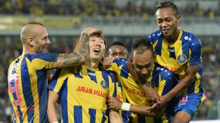 Mantan pemain Arema FC, Kiko Insa kini bermain untuk Pahang FA. - INDOSPORT