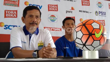 Djadjang Nurdjaman kecewa dengan hasil imbang lawan PS TNI. - INDOSPORT