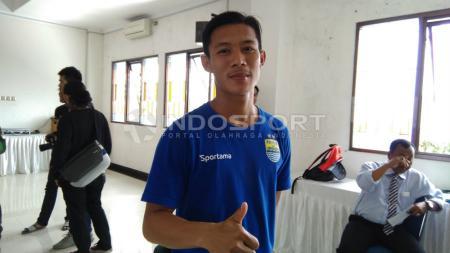 Henhen_Herdiana, pemain Persib Bandung. - INDOSPORT