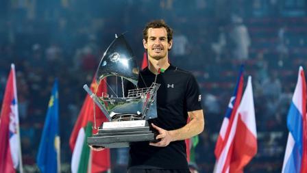Petenis nomor satu dunia, Andy Murray, memenangi trofi Dubai Tennis Championships.