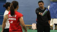 Indosport - Pelatih ganda putri Indonesia, Eng Hian ternyata memiliki seorang istri yang berprofesi sebagai pramugari.