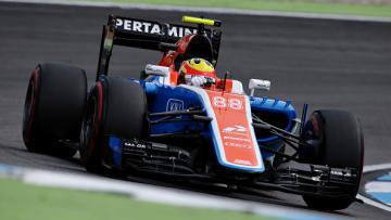 Rio Haryanto saat tampil bersama Tim Manor Racing.