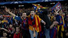 Indosport - Kelompok garis keras penggemar Barcelona bentrok dengan suporter Espanyol di rumah sakit corona.