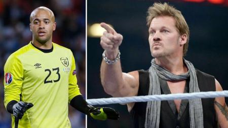 Darren Randolph lakukan gerakan SmackDown khas Chris Jericho. - INDOSPORT