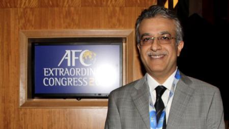 Presiden AFC, Sheikh Salman. - INDOSPORT