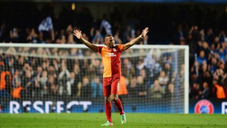 Didier Drogba pada laga saat melawan Chelsea. - INDOSPORT