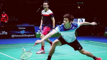 Taufik Hidayat tampak berpasangan dengan Lee Yong-dae. - INDOSPORT