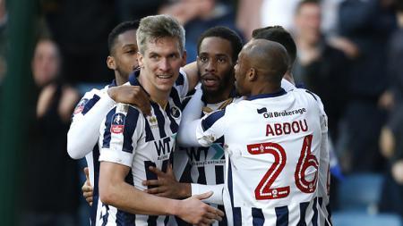 Skuat Millwall rayakan kemenangan di Piala FA - INDOSPORT