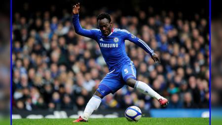 Mantan pemain Chelsea, Michael Essien. - INDOSPORT