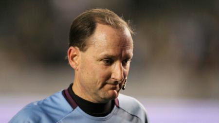 Wasit Liga Major League Soccer (MLS), Kevin Stott. - INDOSPORT